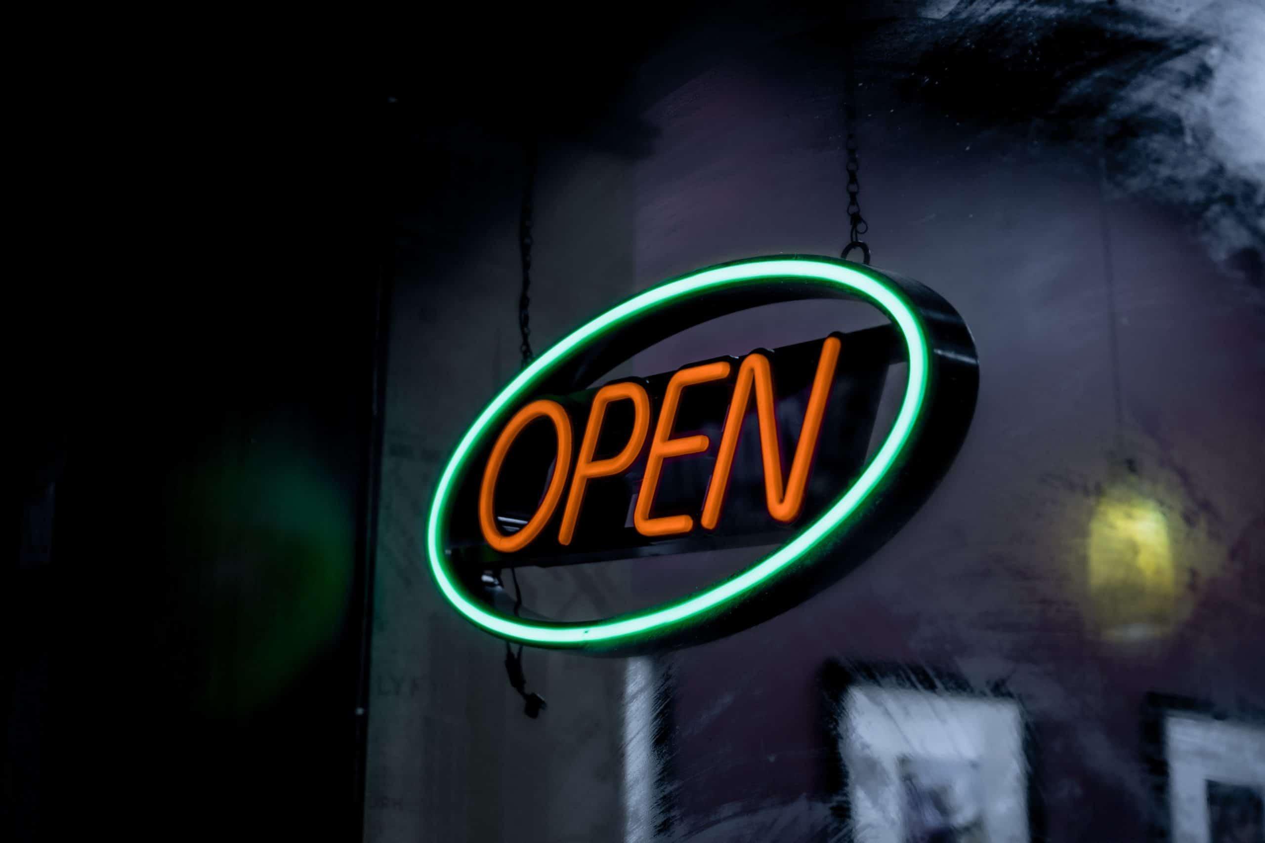 open sign marketing mix voor ecommerce