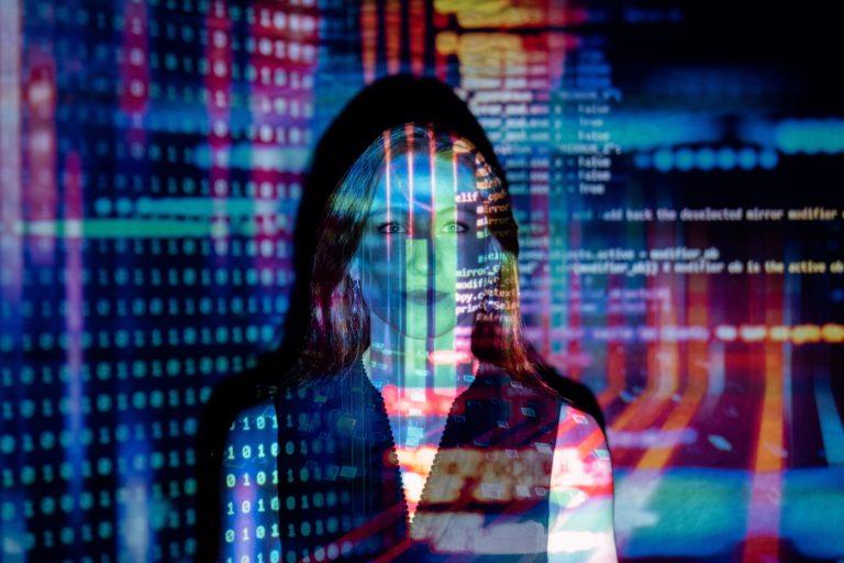 customer data platforms met dbom